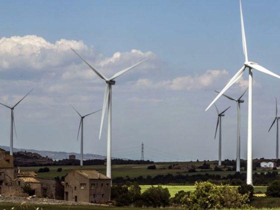El alza de la energía eólica rebaja la factura de la luz - Moneleg